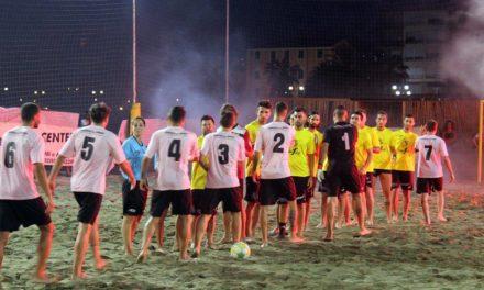 Liguria Beach Soccer Cup verso l'atto finale: oggi alle 21.30 si assegna il titolo